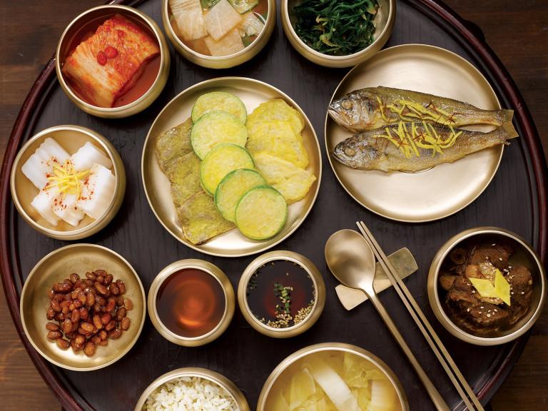 Why Koreans use metal chopsticks